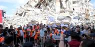 """بالصور    تيار الإصلاح يشارك في حملة """"حنعمرها"""" لتنظيف وإزالة آثار العدوان الإسرائيلي من شوارع غزة"""