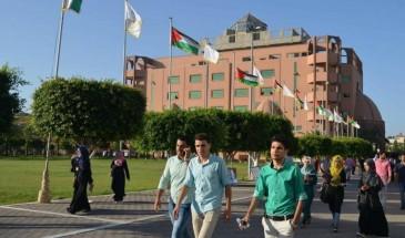 أزمة الرسوم الجامعية بقطاع غزة تعود للواجهة