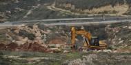 الاحتلال ينصب خيمة عسكرية ويواصل شق طريق في حزما