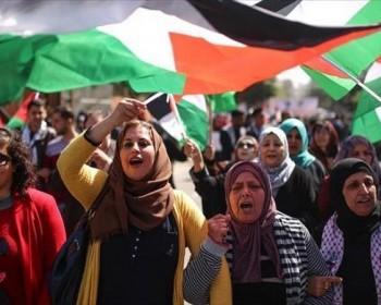 بالصور   مسيرات حاشدة تجوب محافظات القطاع رفضا لمسيرة الأعلام