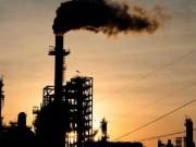 النفط يحتفظ بمعظم المكاسب التي حققها لثلاثة أيام متتالية