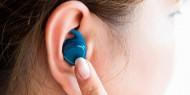 احذر مشاركة سماعات الأذن مع الآخرين.. لهذا السبب