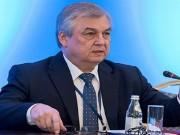 لافرينتييف: يجب خلق الظروف الملائمة لعودة اللاجئين السوريين إلى وطنهم