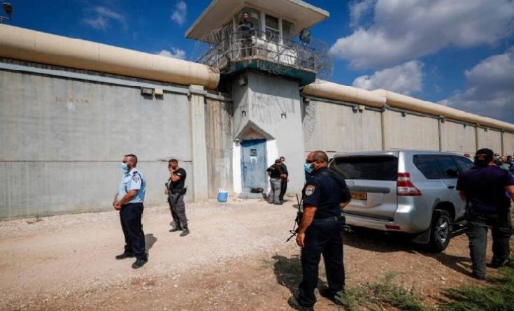 محامي الأسير كممجي يكشف تفاصيل اعتقال آخر أسيرين فرا من سجن جلبوع