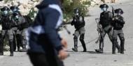 إصابة صحفي بالرصاص والعشرات بالاختناق خلال مواجهات مع الاحتلال شمال البيرة