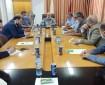 اقتصاد غزة تناقش سبل تسهيل عمليات التسجيل للحصول على تصاريح المعابر